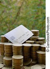 glänsande, ukrainsk, buntar, gammal, hög, begrepp, stor, träd, 1, bakgrund., pengar, hryvnia, mynt, ukraina, bankrörelse kort, suddig, direkt, grön, överlåta, kreditera