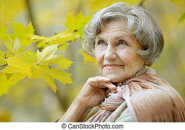 glücklich, ältere frau