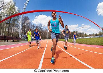 glücklich, afrikanisch, sprinter, rennender , zu, der, zielband