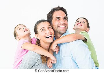 glücklich, junge familie, oben schauen, zusammen