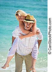 glücklich, junges, auf, tropischer strand