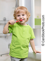 glücklich, kind, oder, kind, zähneputzen , in, bathroom., dental, hygiene.
