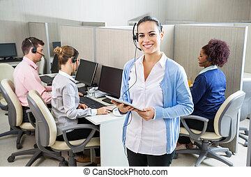 glücklich, kundendienstvertreter, besitz, tablette, edv