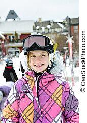 glücklich, m�dchen, in, ski, helm, an, winter, cluburlaub