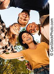 glücklich, multikulturell, friends