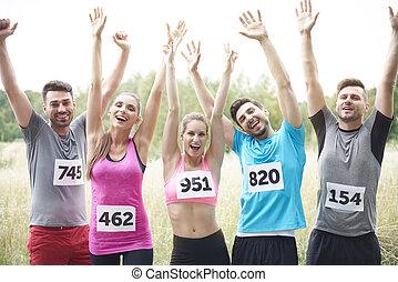 glücklich, nach, marathon, mannschaft