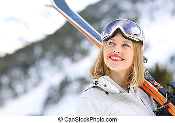 glücklich, skier, schauen, oben, in, der, berg