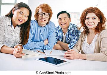 glücklich, studenten