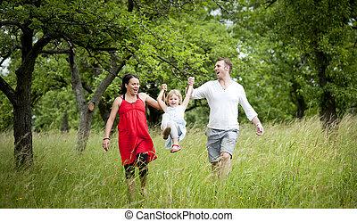 glückliche familie