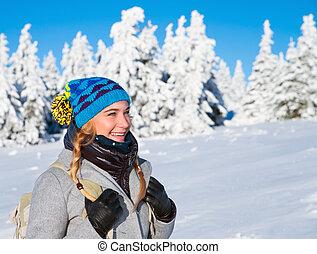 glückliche frau, auf, winter, feiertage