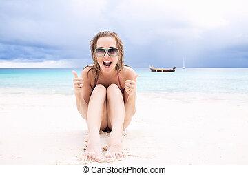 glückliche frau, strand