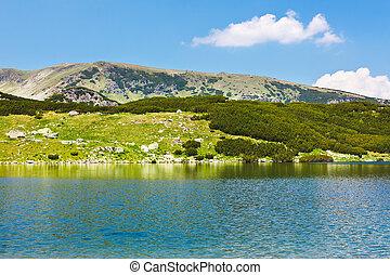 Glacial Lake Calcescu in Parang mountains, Romania