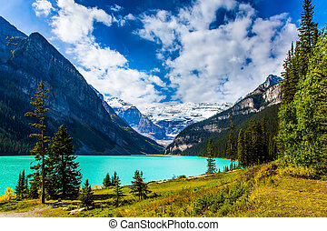 Glacial Lake Louise in Canadian Rockies - The lake with ...