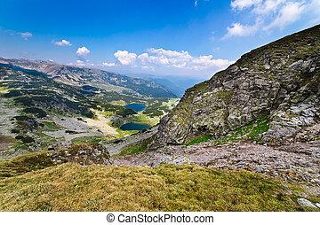 Glacial lakes Vidal and Pencu in Parang mountains, Romania -...