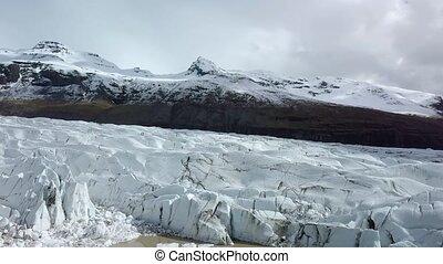 Glacier in Iceland - Glacier Svinafellsjokul in Southern...