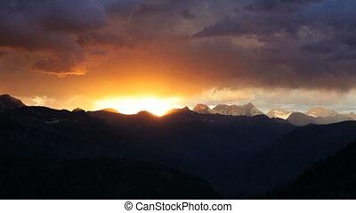 Glacier Sunset, time lapse