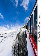 Glacier Travel Vehicle