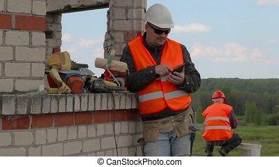 Glad builder using tablet PC