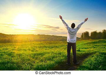 glade, udendørs, mand