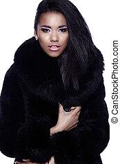 glamor, closeup, porträt, von, schöne , sexy, schwarz, junge frau, modell, mit, hell, aufmachung, mit, perfekt, sauber, in, fellmantel
