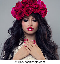 Glamorous Beauty. Beautiful Woman with Makeup and Flowers Wreath