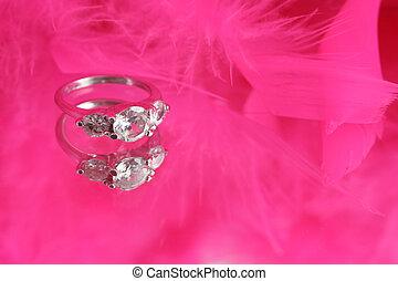 glamorous diamond ring