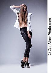 Glamour beautiful young woman - fashion sexy mod.