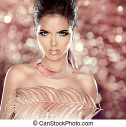 Glamour Fashion Woman Portrait with Luxury Jewelry....