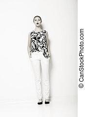 glamour., fason modelują, w, nowoczesny, białe gacie, i, shirt., elegancja