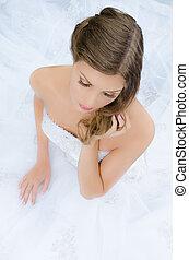 glamourous, sposa