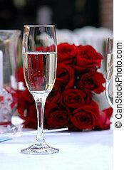 glas champagner, rosen