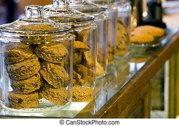 glas, de kruiken van het koekje, in, een, coffeeshop