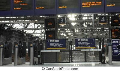 Glasgow Central gates to platforms - Big train station...