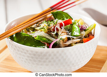 Glass noodles with vegetables and chicken - Delicious asian...