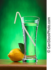 glass of soda water and lemon
