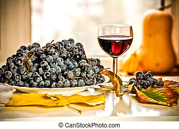 Autumn fruits and drinks
