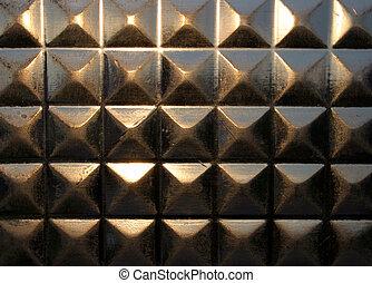 Glass pyramid array