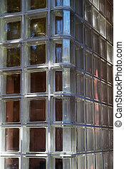 Glass wall corner