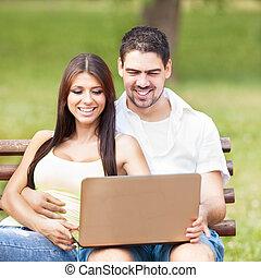 glatt par, i parken