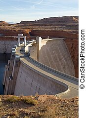 Glen Canyon Dam of the Colorado River with Lake Powell to...