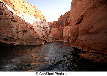 Glen Canyon, Lake Powell, Arizona , USA