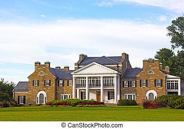 Glenview historic mansion at sunset