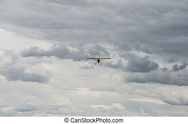 Glider. Non-motorized flying machine.