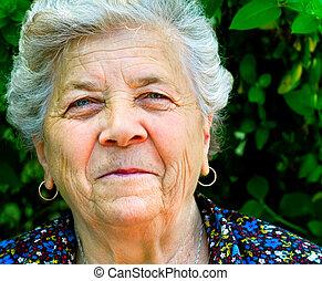 glimlachen, van, een, oude vrouw