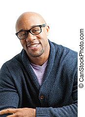glimlachende mens, het voeren bril