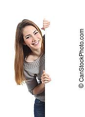 glimlachende vrouw, het voorstellen, en, vasthouden, een, leeg teken