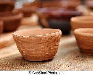 glina, kunszty, garncarstwo, studio, drewno, stół, tradycyjny