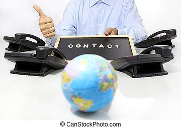 global, international, kontakt, begriff, hand, mögen, mit, bürotelephon, schreibtisch, und, erdball, landkarte