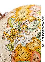 globe europe, -