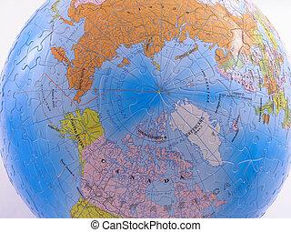 Globe Map Puzzle - North Pole
